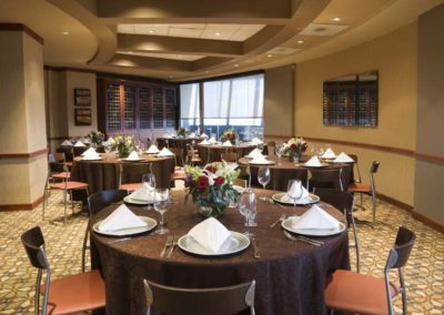 Corporate events gallery -business meeting dining